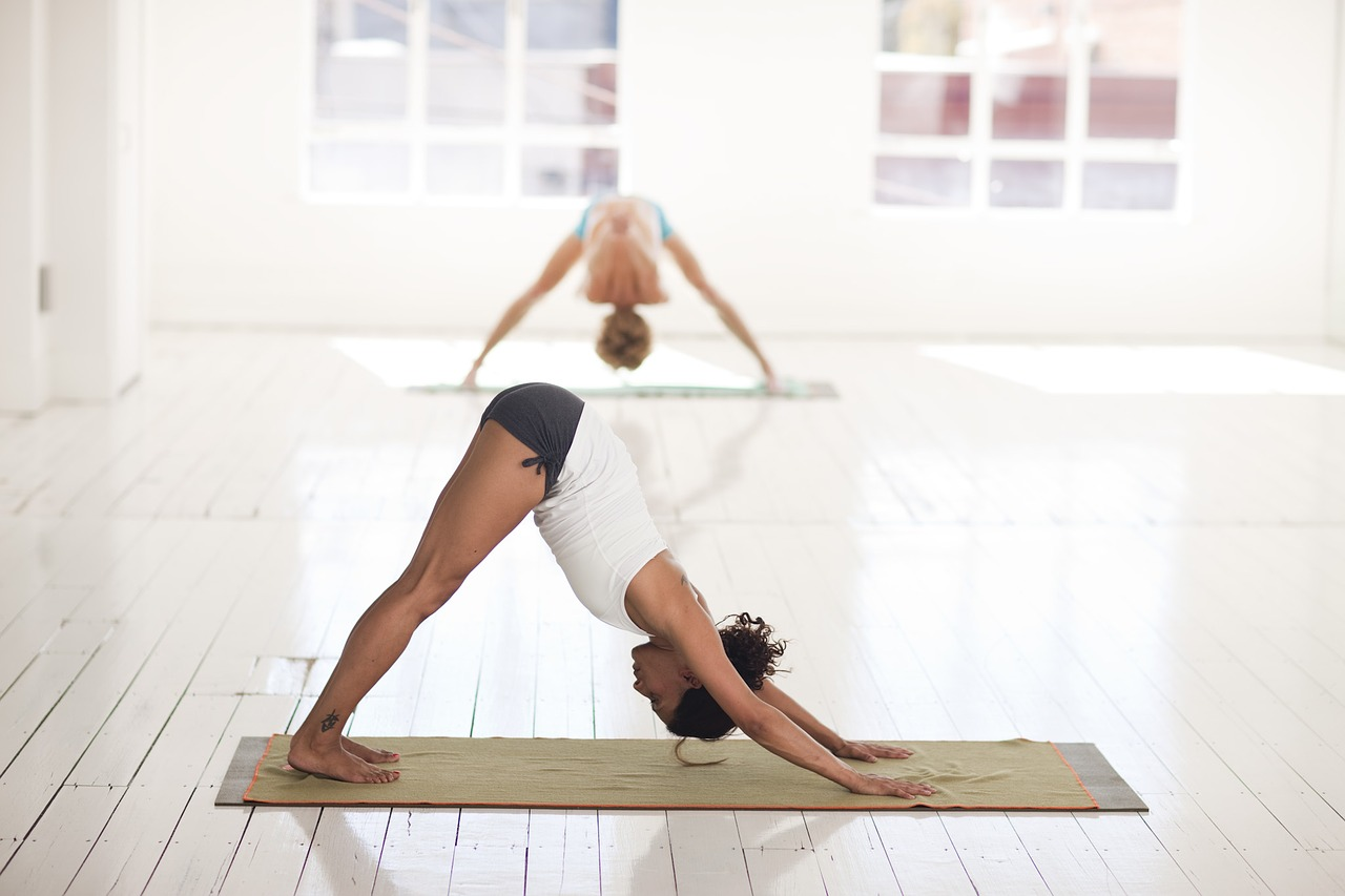 yoga, endometrios, wellbeing, physical activites, women's health issues, health, pain management